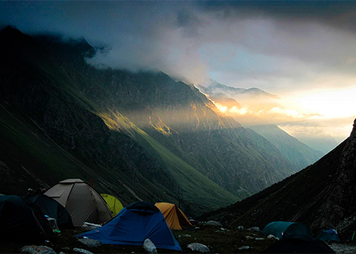 проживание в своих палатках